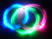 3 x Glow Rings - a dazzling light show in the air!