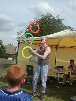 Steve Juggling Rings
